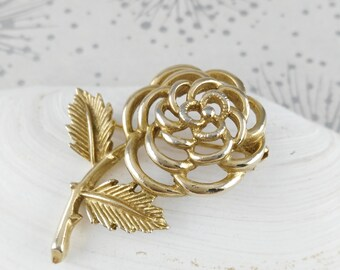 Sara Cov Brooch - Golden Flower Brooch - Mother's Day Gift - Sarah Coventry - Gift for Women - Mother's Day Gift - Birthday Gift