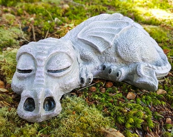 Charmant Dragon Statue, Concrete Garden Statue, Fantasy Garden Art, Baby Dragon  Sculpture, Medieval Statues, Cement Garden Decor, Concrete Statues.