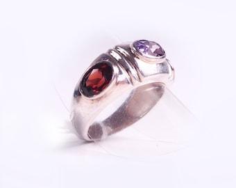 Silver amethyst and Garnet ring