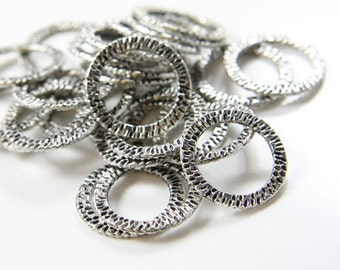 20pcs Oxidized Silver Tone Base Metal Textured Rings-22mm (BM09253YL)