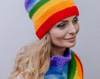 Rainbow hat Lgbt clothing Rainbow beanie Striped slouchy hat Knit hat women Chunky knit hat Lgbt hat Spring hat Gay pride accessories