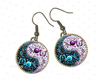 Yin and Yang personalized on earrings, blue, purple, Asia, Japanese