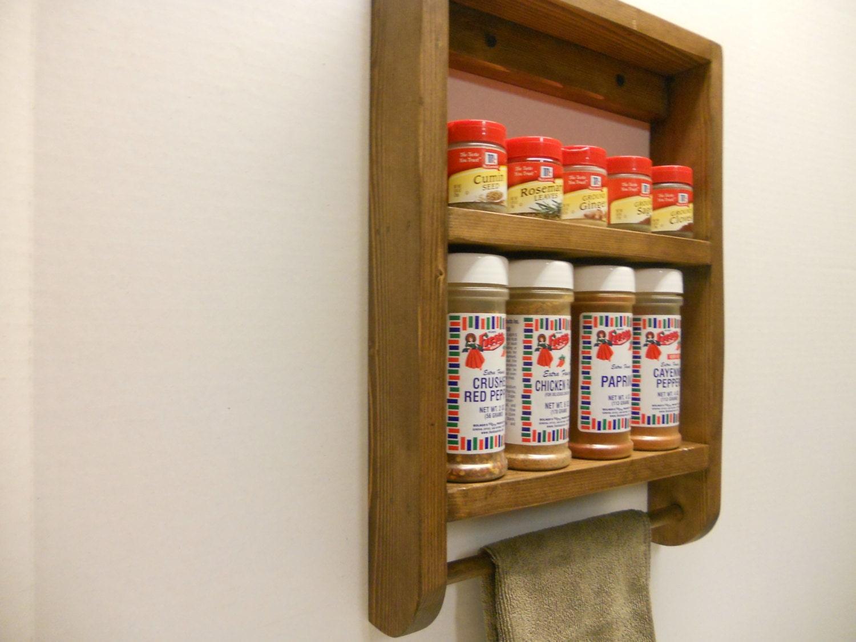 tag re pices en bois petit tag re bibelot avec barre de. Black Bedroom Furniture Sets. Home Design Ideas