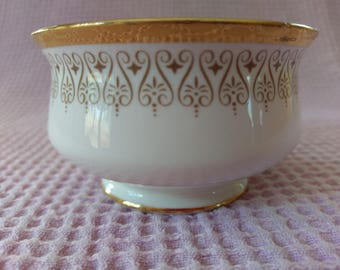 Burlington sugar bowl by Royal Albert, circa 1971-1979