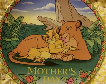 Mother's Day 1997 Disney Vintage Collectors plate