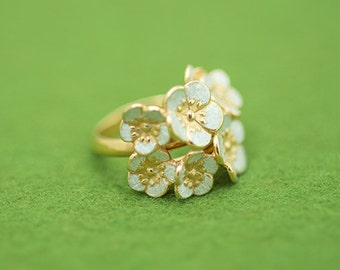 Japanese plum blossom - Free size ring - Plum flower - Japanese flower - Gold and Silver - hypo-allergenic - mothers day gift - gift for her