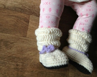 baby slouch boots/ baby boots/ crochet baby girl boots/ crochet toddler boots/ girls baby shoes/ girls slouch shoes/ white slouch boots