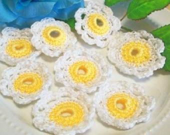 8 Cotton Crochet Daisy Flower Set.  Scrap booking, Jewelry, flowers, Crochet Garden,Hair decorations, trims, Craft Supplies