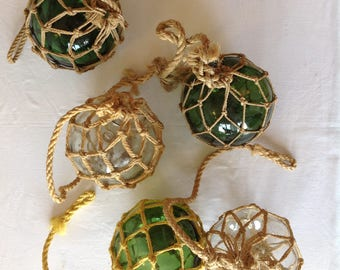 Set of 5 fishing floats, antique glass ball, ball with macrame / Green fishing float