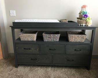 Dresser/ Detachable Changing table