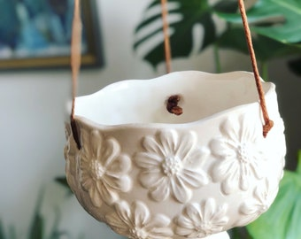 Scandinavian/hanging/potter/planter/jungalow /boho /flower/pot