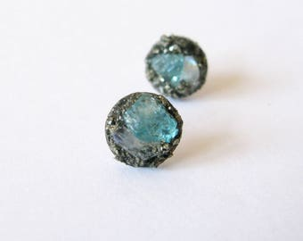 Pyrite ear stud-Raw moonstone and Blue Apatite earrings-raw gem silver tone earring-raw gemstone and pyrite earrings