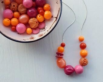 lady marmalade - necklace - vintage lucite - pink orange coral jeweltones