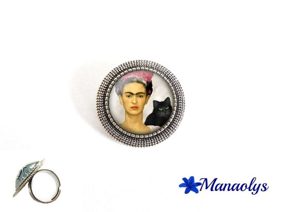 ring adjustable round antique silver, Frida Kahlo portrait, art, painting, 212 glass cabochons