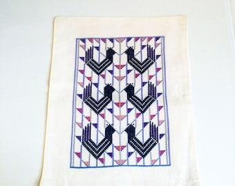 Scandinavian Vintage Pillow Cover / Geometric Bird Wall Hanging / 10 x 12