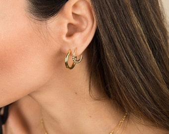 Hoop earrings - Gold hoop earrings -Small hoops - Minimalist hoops - Small hoop earrings - Minimalist earrings - Gold hoops - Gold earrings