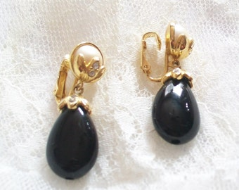 Vintage Avon Black Teardrop Clip On Earrings - 1980s