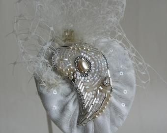 Vintage inspired headpiece. Wedding fascinator