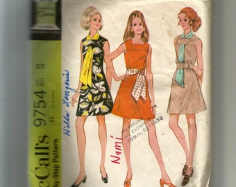 McCall's Misses' and Junior Dress and Scarf or Sash Pattern 9754
