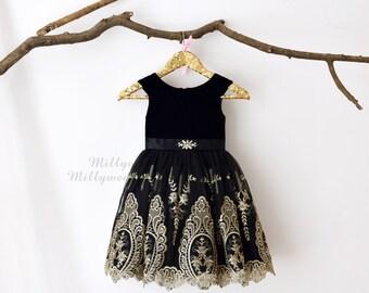 Black Velvet Cap Sleeves Gold Lace Flower Girl Dress M0028
