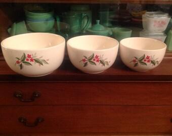 Vintage / Antique Universal Cambridge Woodvine  Pottery Nesting Bowls 1930s Excellent Condition Country Kitchen Decor