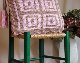 Squares Crochet cushion Pattern, tapestry style large crochet cushion