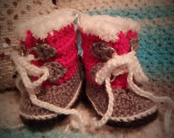 Pink & Gray Infant Winter Booties Size 0-3 mo