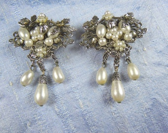 Stunning Wedding Earrings Vintage Circa.1940's Clip-on Pearls