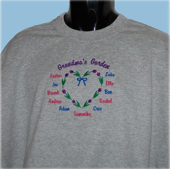 Grandparent Shirt with Names Gift, Personalized Grandma Sweatshirt - Grandmother Shirt - Grandchildren Shirt - Grandma Valentine Gift