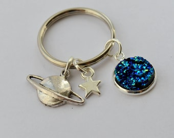 Galaxy planet and star keyring, galaxy gift under 5, geeky gift, love you to the moon and back, star gift under 5, valentines day gift