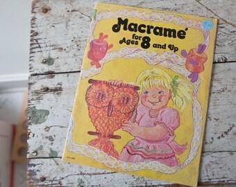 Macrame Book Kids Tutorial DIY Magazine Macrame Workbook Macrame Magazine Macrame Gold Learn Macrame Vintage Macrame Textile Art