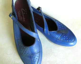 "Vintage leather patterned flats - blueberry 5 6 . . . . . . . . . . . . . . . ""Like"" our fb page for 10% discount"