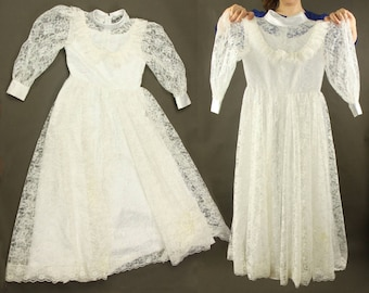 First communion dress, lace dress with sleeves boho long sleeve white vintage dresses for girls