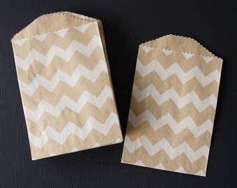 "25 Small White Chevron Kraft Bag . 2.75"" x 4"" for Favors, Candy, Gift Wrap, Packaging"