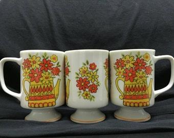Vintage set of 3 flowered coffee mugs