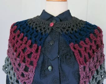 Crochet cape capelet shawl