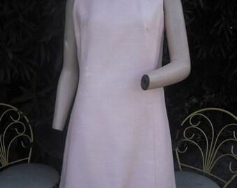 Vintage Chic 1960s Dress, Pink Sheath/Shift Dress, Jackie O, Mad Men, Sleeveless Summer Dress, Size 14