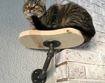 Single Post Cat Perch   Wall Shelf   Wood Shelf   Climbing   Climber
