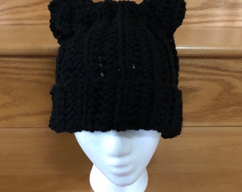 Crocheted hat with cat ears
