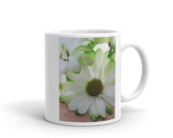 Lime Green Daisy Ceramic Coffee Mug