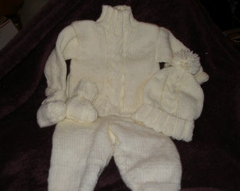 Simply Cables Layette