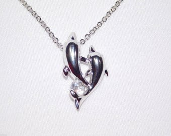 Lovely Valentine Dolphin Couple Around Beautiful CZ Crystal Necklace Gift