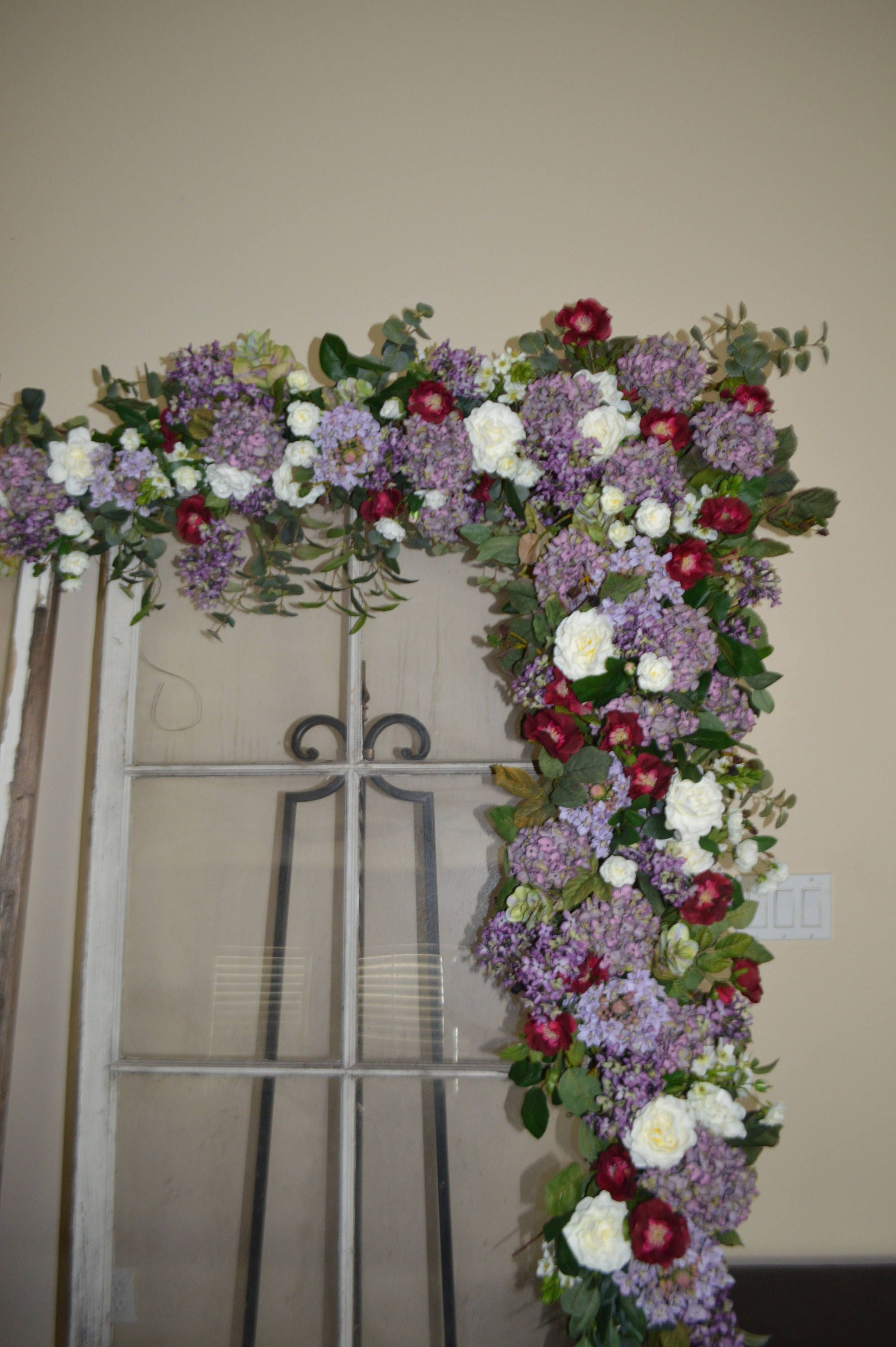 15 Lovely How To Decorate A Wedding Arch With Silk Flowers Wedding