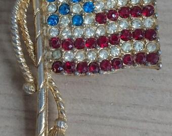Vintage rhinestone USA flag brooch