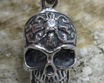 PE000757 Stylish Sterling silver pendant   solid 925 skull cz biker  new