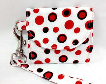 The Seeing Spots: Polka Dot Wallet
