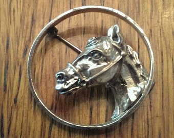 Vintage Round Beau Sterling Horse Head Brooch Lapel Pin