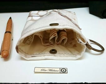 Case for pens, cotton linen and lined silk with key