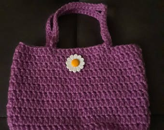 Pretty  mini-bag in pinkish purple with white flower button