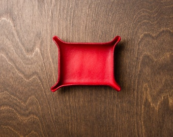 Leather Catchall Small - Crimson / personalized catchall, valet tray, office organizer, gift for him, house organizer, valentines